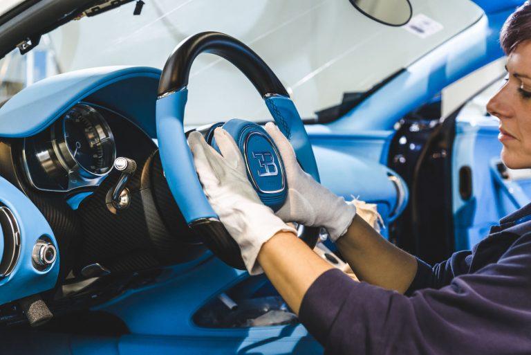 Bugatti Chiron összeszerelése