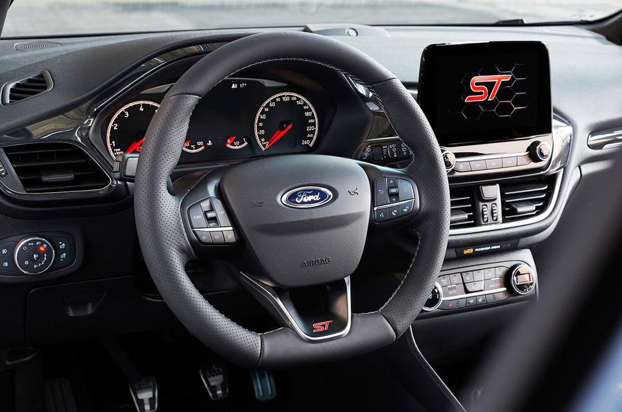 Bemutatkozott az új Ford Fiesta ST